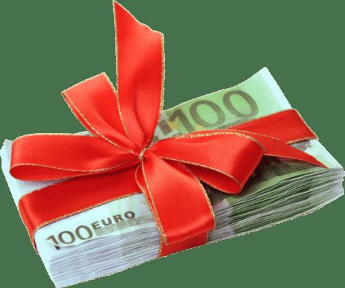 Можно ли подарить деньги по договору дарения?