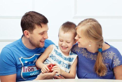 Особенности дарственной на землю в пользу близкими родственниками