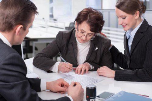 Можно ли оспорить завещание на дом или квартиру после смерти завещателя
