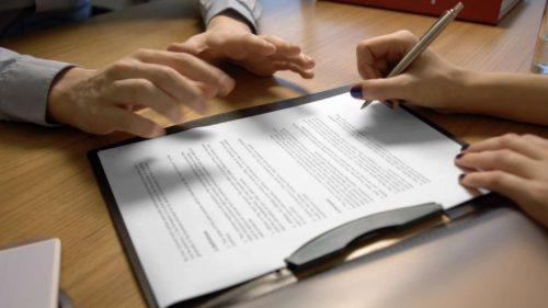 Стоимость услуг и перечень документов для отказа от наследства у нотариуса